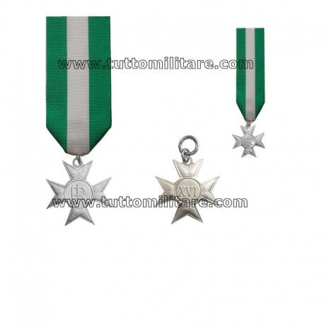Croce Anzianità Servizio 16 Anni Forze Armate