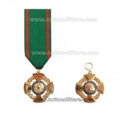 Croce Ufficiale Ordine Merito Repubblica Italiana